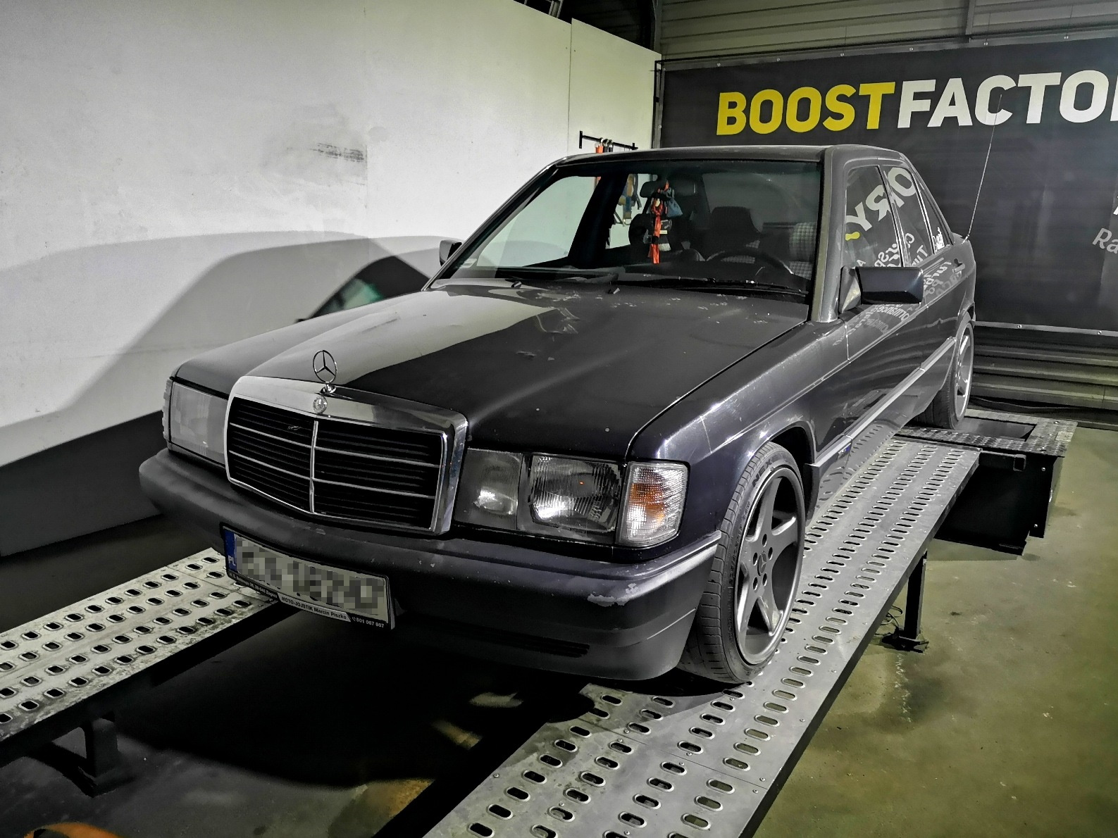 Mercedes 190 (W201) M104 3.2L >>240KM 341Nm
