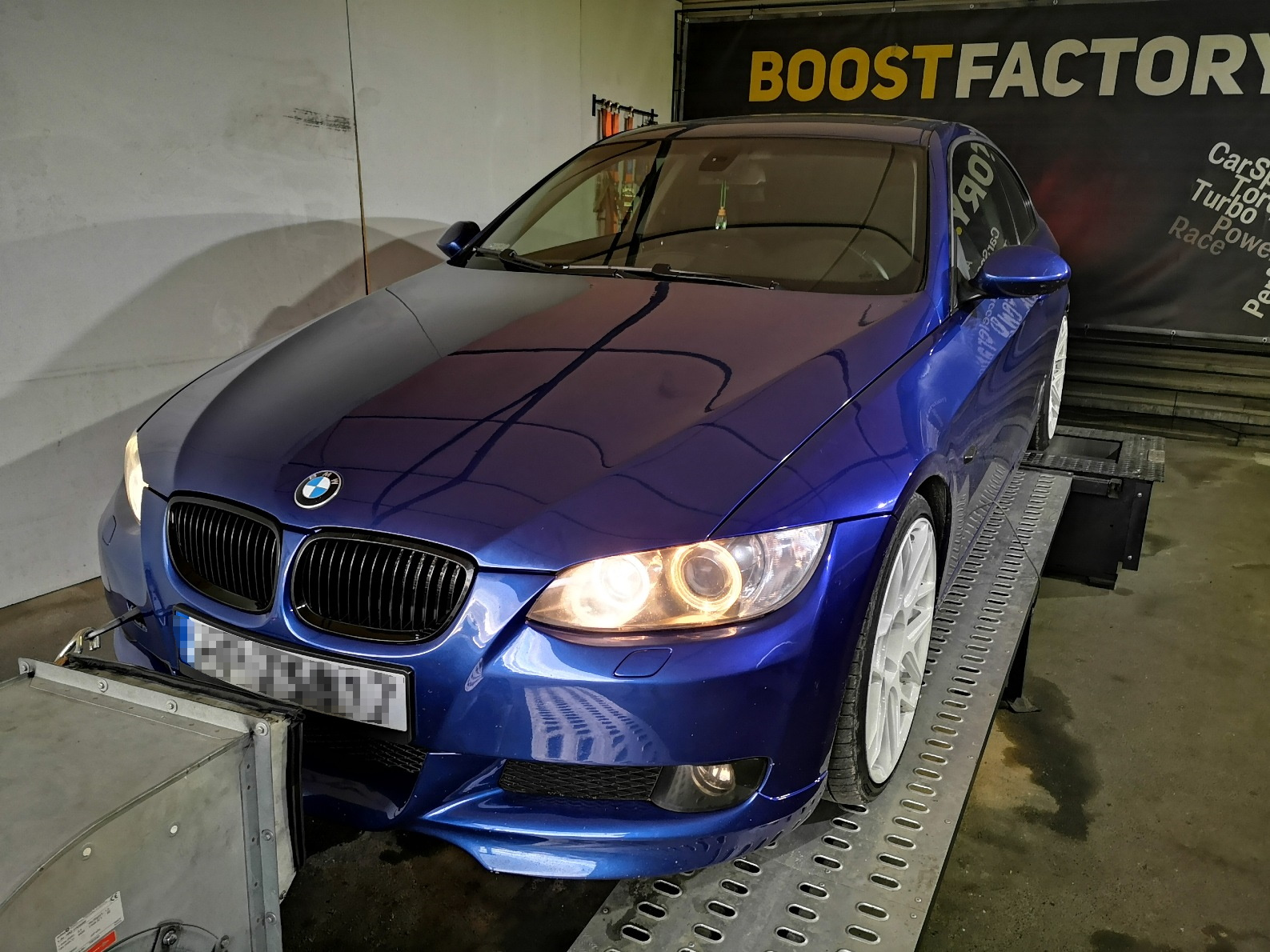 BMW E92 330D 231KM >> 288KM 629Nm