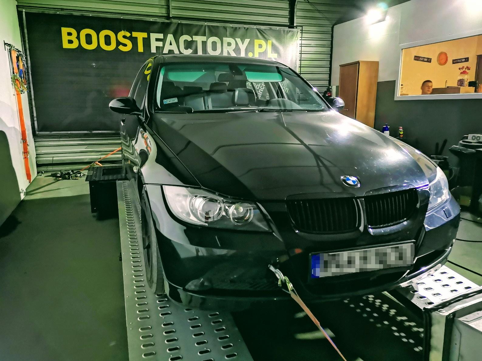 BMW E90 330D 231KM >> 300KM 647Nm