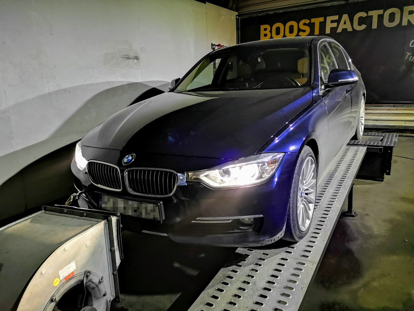 BMW F30 335i N55 306KM >> 381KM 562Nm
