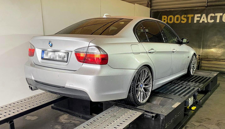 BMW E90 325D 197KM >> 303KM 700Nm