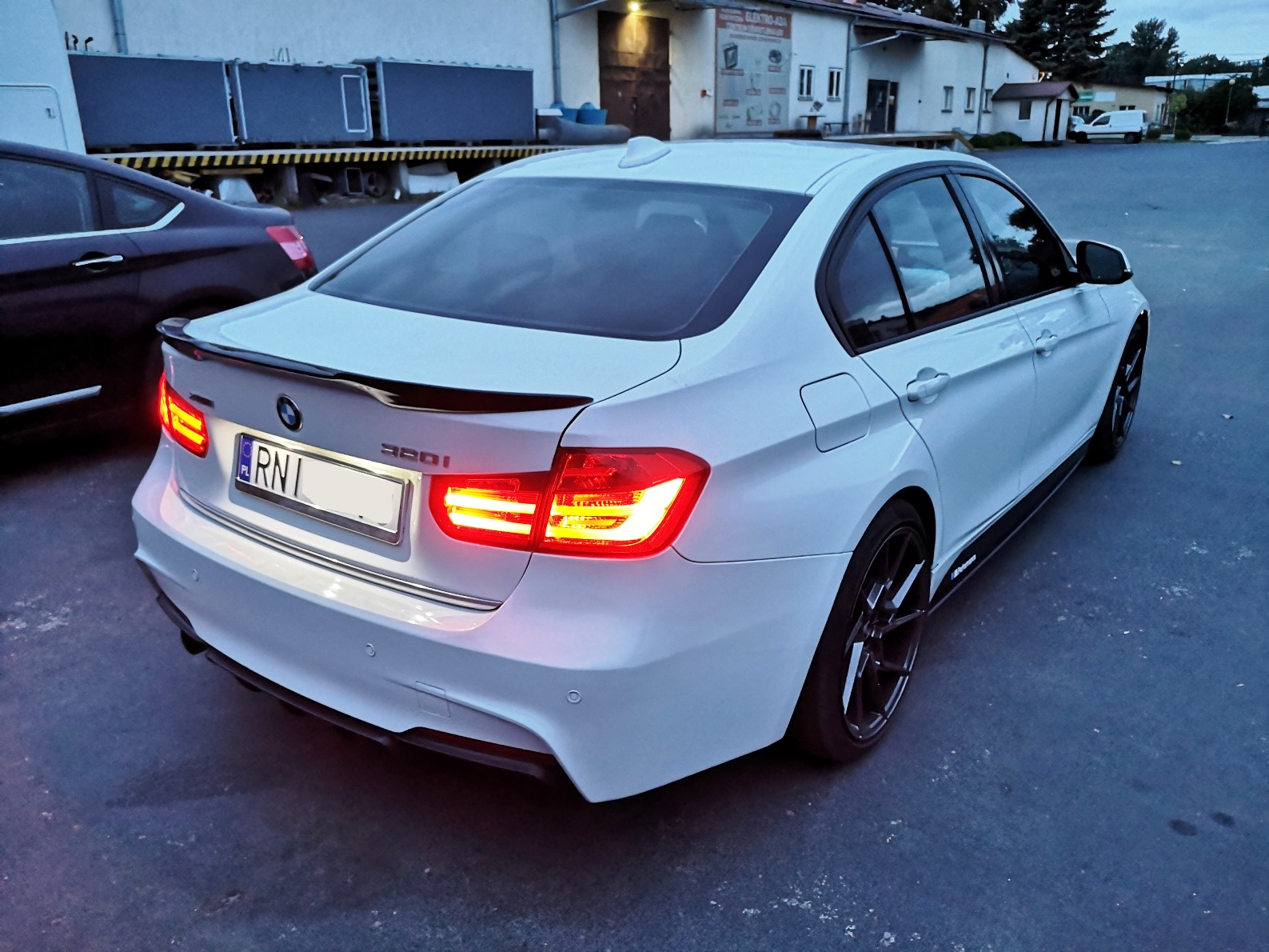 BMW F30 320ix 184KM >> 281KM 424Nm