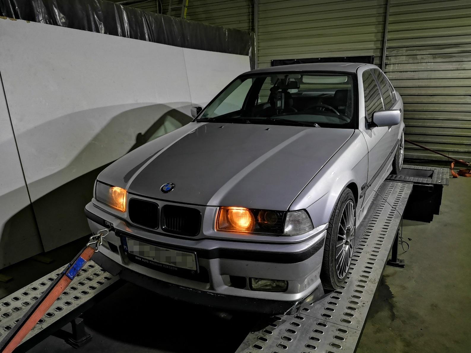 BMW E36 325i M50B25 Vanos 199KM 241Nm